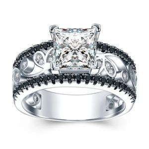Jewelry - Sterling Silver Intricate CZ Ring Size 7